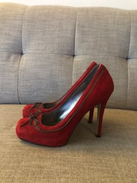 GUESS Red Women's Shoes Size 9 Toronto, M8X 2W4