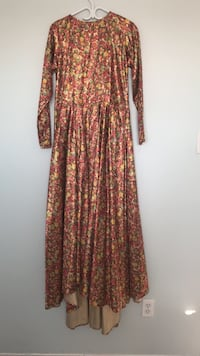 Brown and green floral long-sleeved maxi dress Vaughan, L6A 2C7