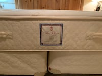 Stearns & Foster Plaza Collection Landmark Select King Size all natural latex gentle firm mattress. PALMDALE