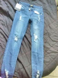 blue denim straight-cut jeans Houston, 77016