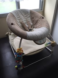 baby's gray and white cradle and swing Mississauga