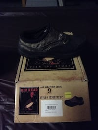 black and gray all weather clog size 9 Victorville, 92394