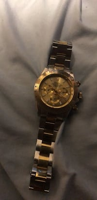 Round gold chronograph watch with link bracelet Kenmore, 98028