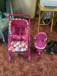baby's pink and white travel system Orillia, L3V 6H2
