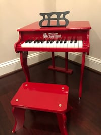 Schoenhut Learn-to-Play Baby Grand Toy Piano with 30-Keys (Red)