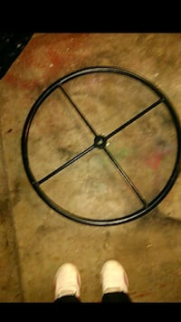 Vintage metal wheel Pasadena, 77505