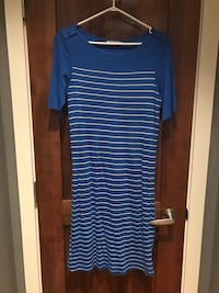 women's blue and white stripe scoop-neck dress North Vancouver, V7M 1S6