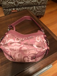 Authentic Coach Purse Freehold, 07728