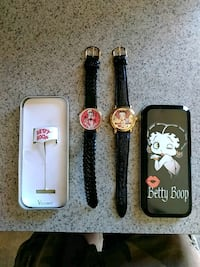 Two brand new vintage Betty boob watches with case