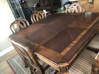 Dining table and 6 chairs St Albert, T8N 3K1