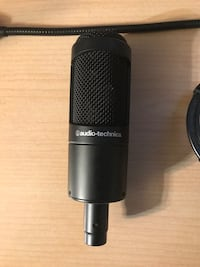 Audio Technica Microphone With Shock Mount And Pop Filter Toronto, M6M 2M3