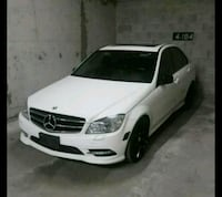 Low kms 2011 Mercedes c300 Toronto