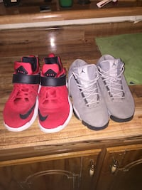 Both are size 7 Albany, 31705