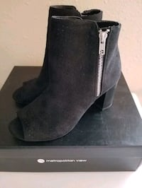Brand New!!! Macy's Black Ankle Boots!!!!!! Size 6