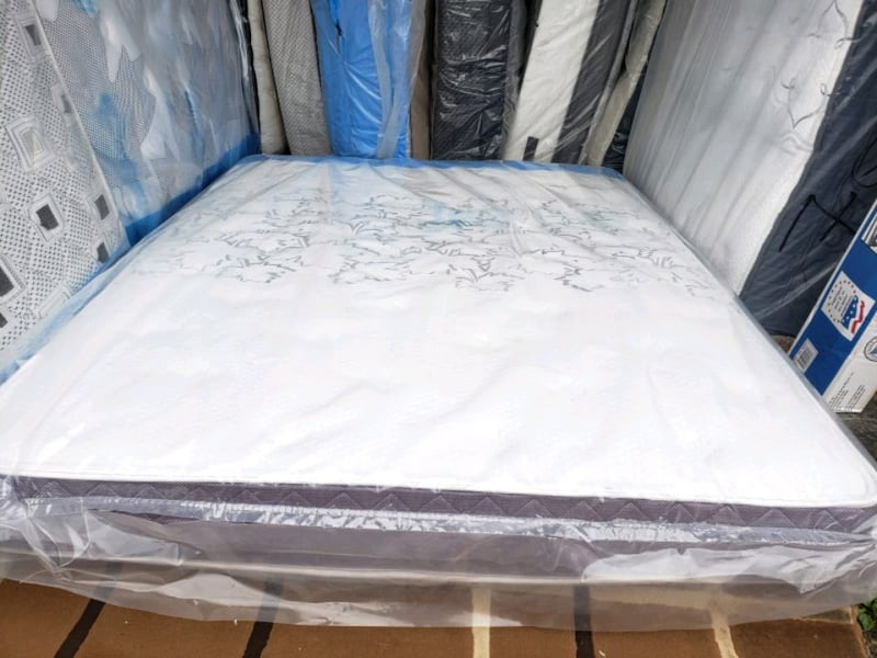 Brand new full / double mattress 230. Queen 285 Delivery 30$ 592db4b6-312b-48aa-b3bf-722c38284540