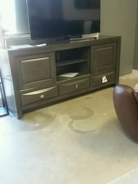 Emely tv stand  Houston, 77075