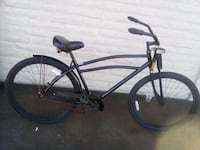 black and gray cruiser bike Vista, 92084