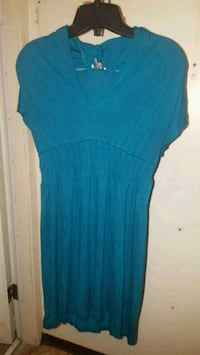 Large longer top - can be worn as a dress Surrey, V3W
