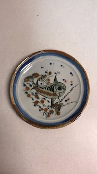round white and blue ceramic plate Wichita, 67208