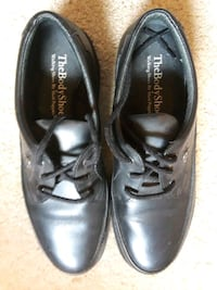 Hush puppies the body shoe. Size 12.