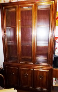 China Cabinet for Sale, 5 Shelves, Solid Wood, w Light  New York