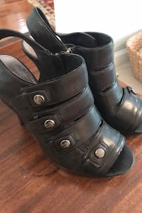 Black coach shoes size 9 Atlanta, 30309