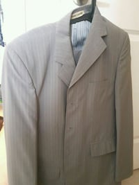 Gray costumes with great condition Brampton, L6X 0Y9