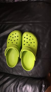 Pair of green crocs. Size 8 1963 km