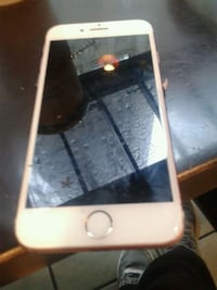 IPhone 7 apple great condition only 40 I lost my password