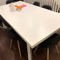 White dining table Toronto, M4M 3A9