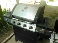 gray ang black gas grill