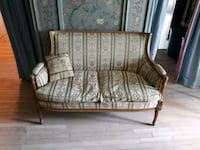 brown and white floral fabric sofa chair Toronto, M1L 3P4