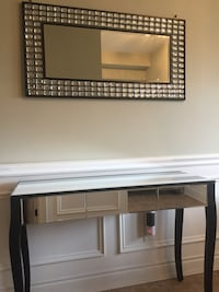 BOTH mirror and table $400 Newmarket, L3Y