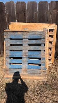 brown and blue wooden pallet Salinas, 93907