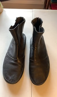 Made in Italy leather booties size 7 Gatineau, J8T