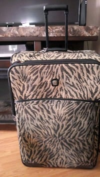 Rolling Travel suitcase  Woonsocket, 02895
