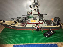 KRE-O BATTLE SHIP