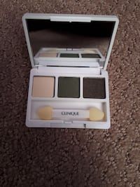 New Clinique mini eyeshadow Calgary, T3P 0B1