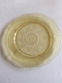 "ANTIQUE - YELLOW AMBER DEPRESSION GLASS 11"" PLATE  1933 - 1937 Patrician Spoke Pattern"