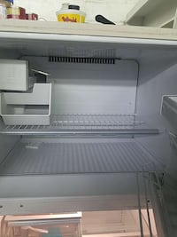 white top-mount refrigerator Wellford, 29385
