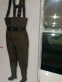 Bootfoot chest waders Toronto, M2P 1T2