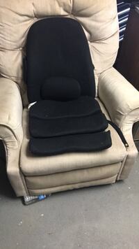 Obusforme back and seat comfort pads Mississauga, L4Z 1K9