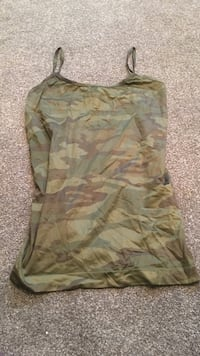 Camp stretchy tank top size small