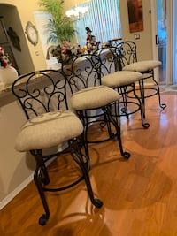 Pub table and 4 Swivel chairs  767 mi