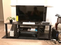 TV entertainment stand (Like new) Charlotte, 28217