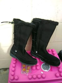 Winter boots size 8.5 Westbank, V4T 3E2