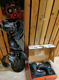 Snowboard, bindings, and boots  Coquitlam, V3B 0G2