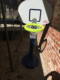 Little Tikes basketball hoop Gaithersburg, 20877