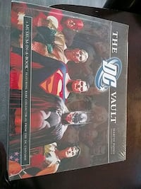 THE DC VAULT BOOK - COLLECTIBLES FROM DC UNIVERSE