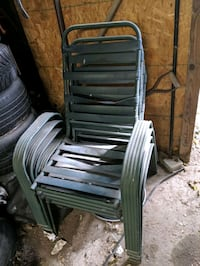 free outdoor chairs Hamilton, L8H 5G6